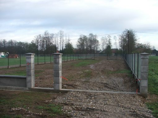 Izgradnja ograde, Valentino – Sračinec